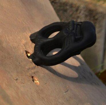 Шок брелок из пластика для самообороны
