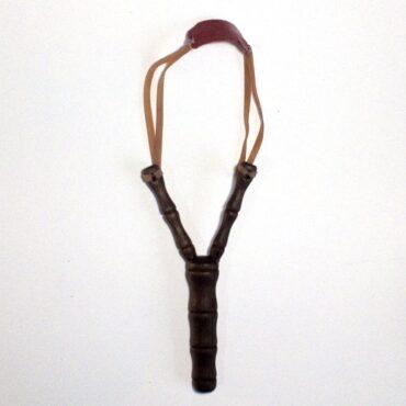 Фигурная рогатка из дерева сувенирная