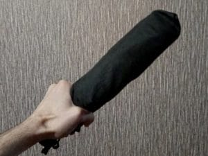 Зонт для защиты от нападение собаки